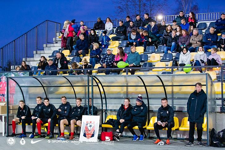 Kaip žaidžia Ignas Kružikas labiausiai domino susirinkusius Širvintų stadione.