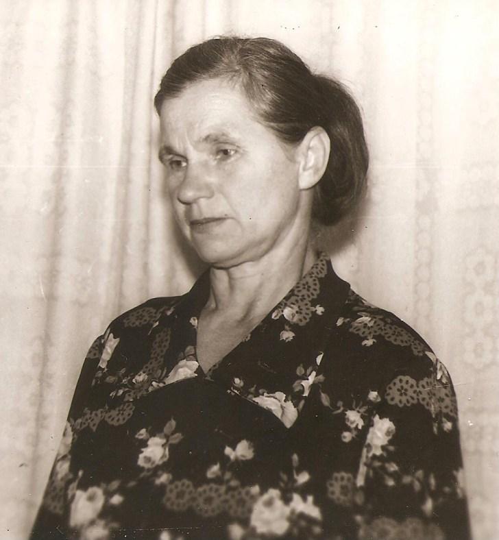 Motiejūnų kaimo gyventoja Stefanija Gečienė, Stasės mama.