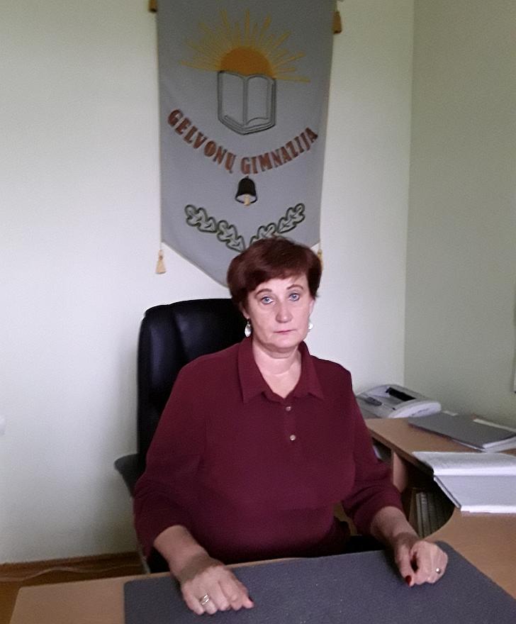 Dabar Jūratė Stankevičienė - gimnazijos direktorė.