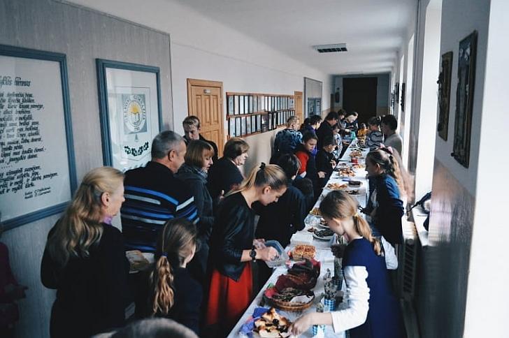 Gelvonų gimnazijoje vyko Pyragų diena.