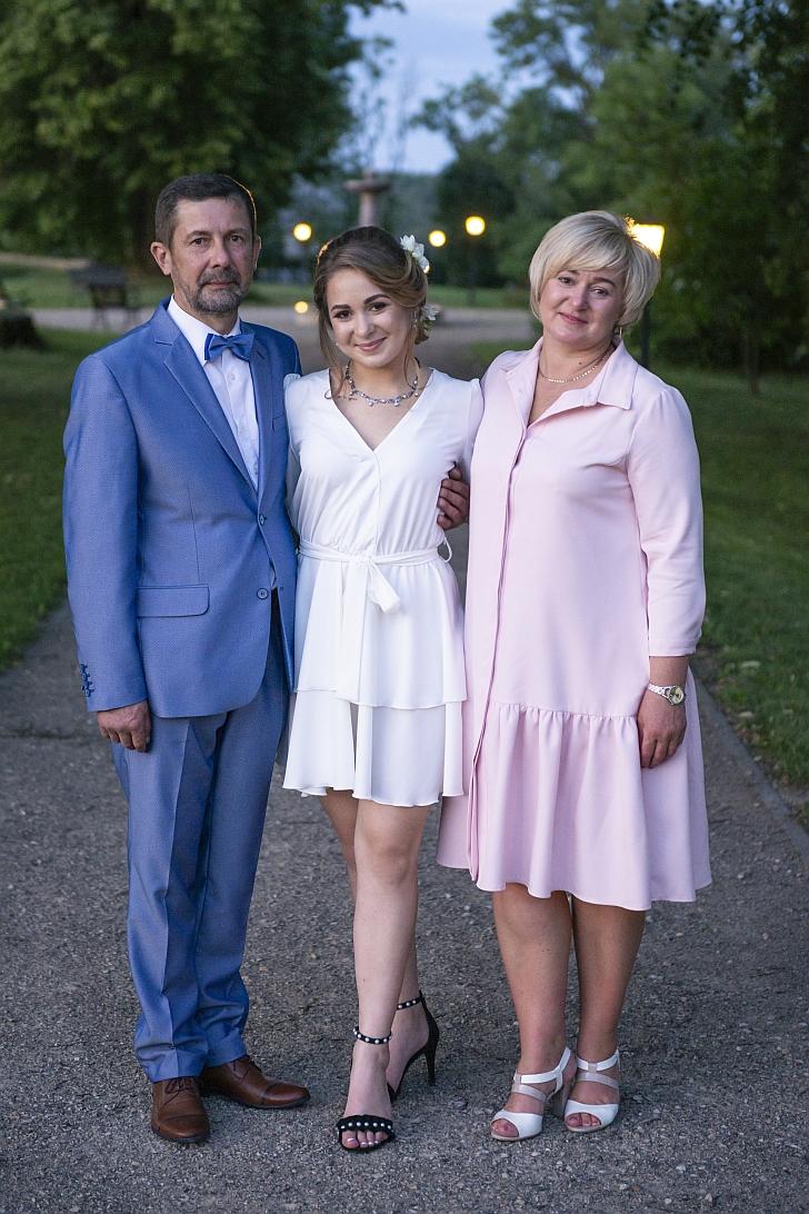 Norvilė Iljeitytė su tėvais.