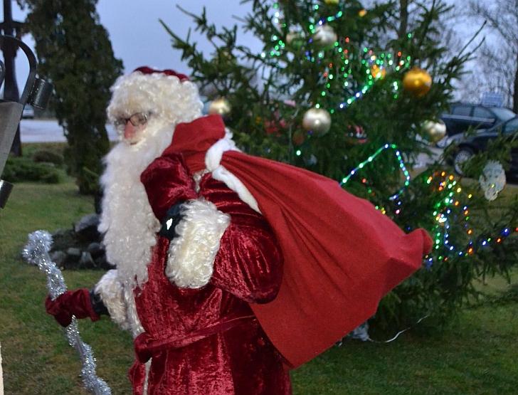 Kokai Kalėdų dienos popietė be Kalėdų senelio?