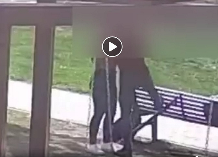 Stebėjimo kameros pagalba buvo išaiškinti vandalai.