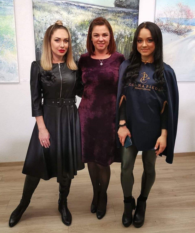 Oksana Pikul-Jasaitienė su Inga Vaickiene ir Skaiste Danilevičiūte.