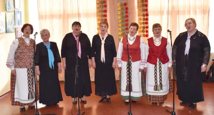 """Čiobiškio kultūros diena nuvilnijo """"Lyros"""" balsais..."""