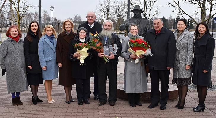 Igno Šeiniaus premija įteikta Malinauskams ir Vošteriams.