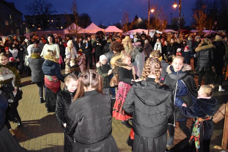Užgavėnės sutraukė minią širvintiškių ir miesto svečių.