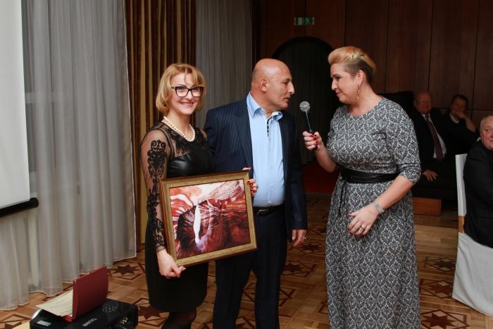 Dosniausias aukciono dalyvis įsigytą J. Lučiūno darbą padovanojo žmonai.