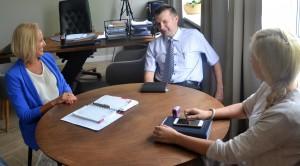 Susitikime su naujai paskirtu Širvintų rajono policijos komisariato viršininku Almantu Lukša merė Živilė Pinskuvienė ir Administracijos direktorė Ingrida Baltušytė-Četrauskienė aptarė bendradarbiavimo problemas.