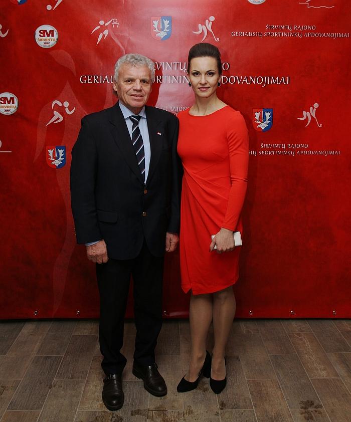Sporto veiklos veteranas Borisas Sockis su l.e. p. Sporto mokyklos direktore Alina Zapolskiene
