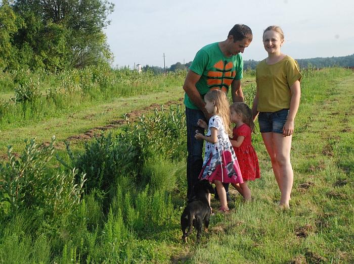 Be gėlių ūkininkai dar augina šilauoges.