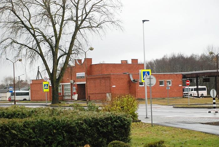"""Teismo sprendimu, UAB """"Autovelda"""" turi investuoti į Autobusų stotį per 107 tūkst. Eur, kad ji atitiktų nors antros kategorijos reikalavimus"""