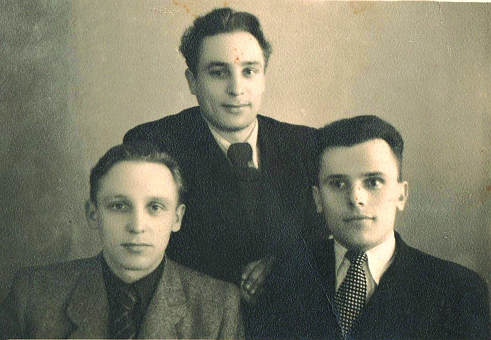 Trys broliai mančiušėniškiai Autukevičiai - Vladas, Bronius ir Alfonsas.