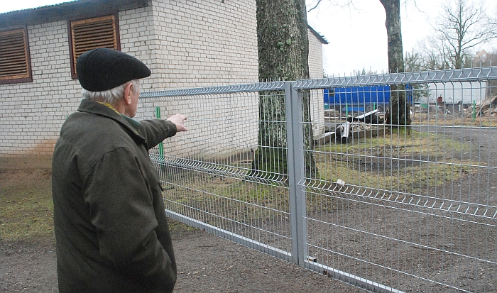 Anapus tvoros anuomet buvo bulvių duobės, į kurias 1945-aisiais buvo sumesti žuvusių partizanų kūnai.