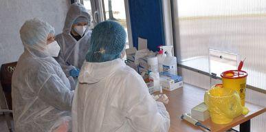 Atliekami greitieji koronaviruso testai