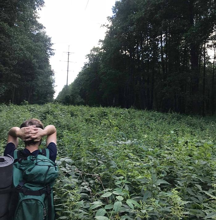 Nelegalioje kelionėje į Černobylį reikia įveikti 100 kilometrų atstumą pėsčiomis.