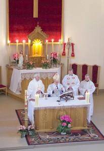 Šv. Mišias aukojo Kaišiadorių vyskupas emeritas Juozas Matulaitis.