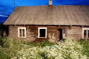 Namas nukentėjo minimaliai, yra tinkamas gyventi.
