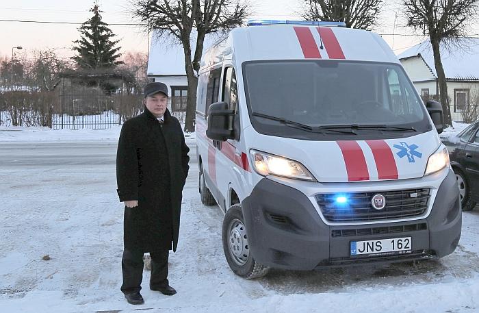 Ligoninė gavo naują greitosios medicinos pagalbos automobilį