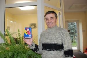 Rimanto Jankausko rankoje - loterijos pagrindinis prizas.