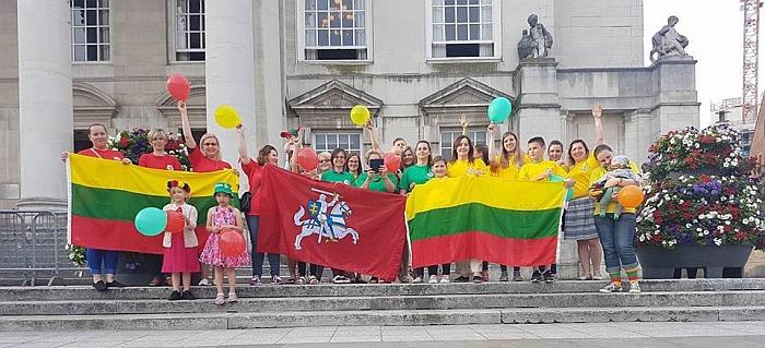 Lietuviai Lidso mieste.