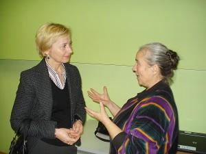 Ir po seminaro Gražina Kadžytė (dešinėje) sulaukė klausimų.