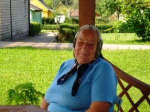 Šitame krašte gimiau, gyvenu, čia ir mirsiu, niekur iš čia išvažiuoti nenoriu, - sakė Zibaluose gyvenanti Jevgenija Kanopkina.