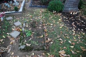 Nežinomų kapų galima aptikti visose kapinėse. Kas ant jų uždegs žvakeles?..