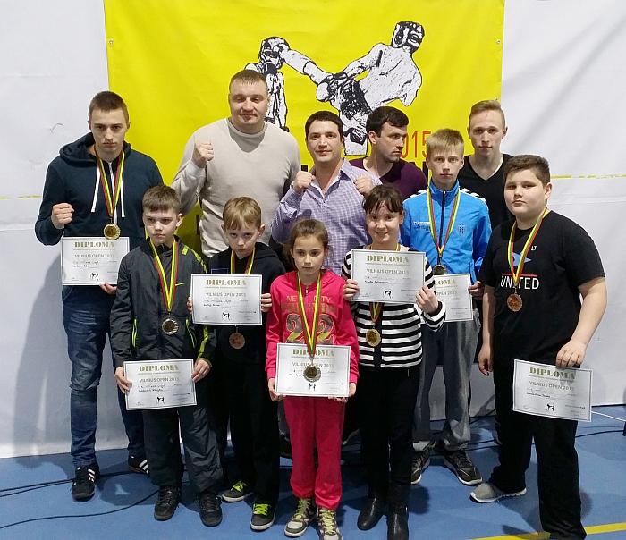 Jaunieji kikboksininkai iš Širvintų tarptautiniame turnyre Vilniuje gimtajam miestui gėdos nepadarė.