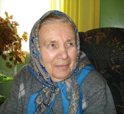 """Navasiolkų III kaimo gyventoja Janina Maslinskienė: """" Labai liūdna ir sunku buvo be mamos meilės, visada ilgėdavausi, sapnuose regėdavau."""""""