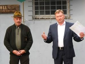 Medžiotojus su sėkminga paroda pasveino Širvintų medžiotojų draugijos pirmininkas Valdas Radionovas ir medžioklės žinovas Vaclovas Četrauskas.