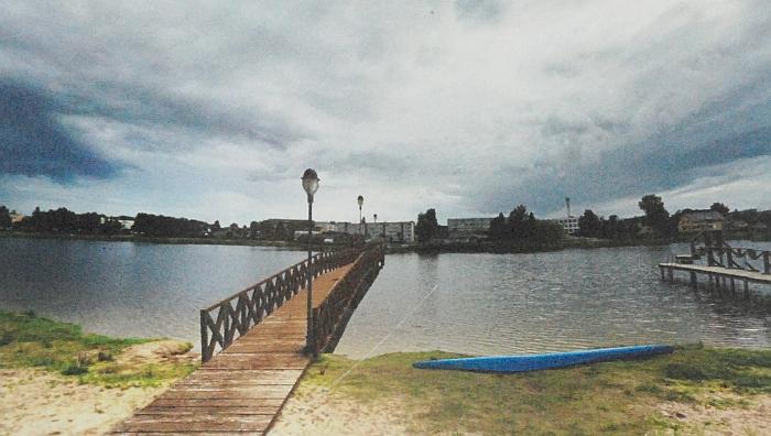 Iš paplūdimio į miestą bus nutiestas pėsčiųjų tiltas.