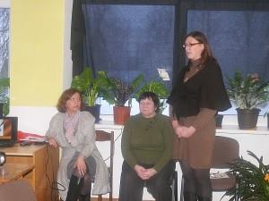 Projektą pristatė iš kairės į dešinę Virginija Dambrauskienė, Jadvyga Kielienė ir projekto vadovė Rita Kacevičienė.