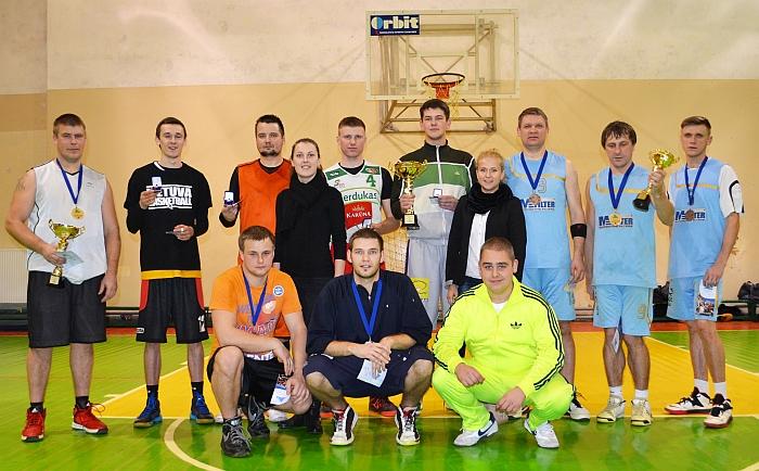 Naktinio krepšinio nugalėtojai ir prizininkai