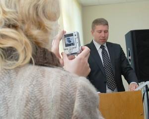 Įsižeidęs rajono tarybos narys Kęstutis Pakalnis prašė teismo apginti jo garbę ir orumą, tačiau teismas jo ieškinio netenkino.