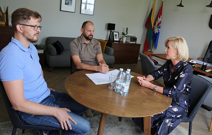 """Susitikimas su """"Lietuvos pašto"""" atstovais"""