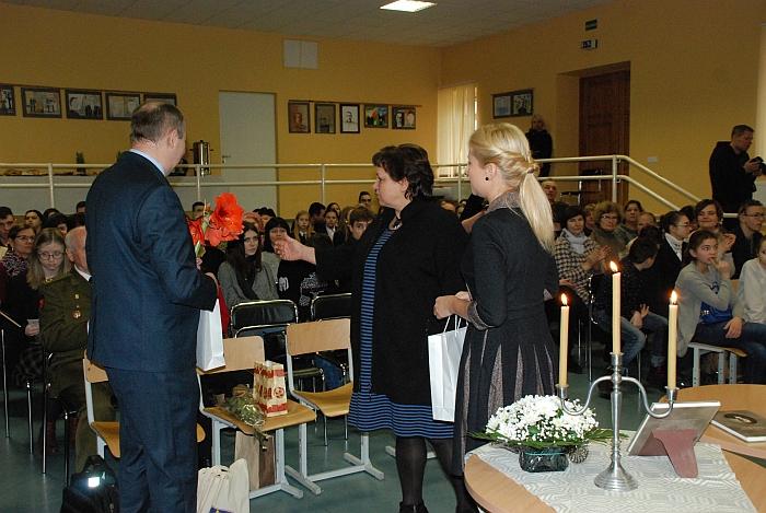 Su naujos knygos pristatymu pasveikino savivaldybės administracijos direktorė Ingrida Baltušytė-Četrauskienė ir vicemerė Irena Vasiliauskienė.