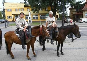 """Žygyje """"Valdovų meilės keliu"""" Krokuvos link. Poilsis Losice mieste Lenkijoje."""