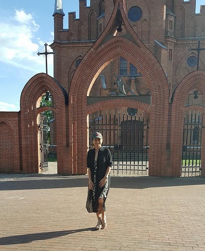 Merginai didžiulį įspūdį paliko Kernavės Švenčiausios Mergelės Marijos Škaplierinės bažnyčios didybė.