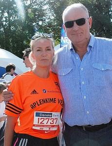 Bėgimui pasiruošusi Tarybos narė Živilė Pinskuvienė su vyru Jonu.