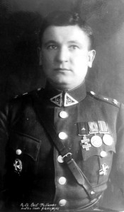 """Antanas Pošiūnas 1929 metais. Karininkas buvo ir Ukmergės apskrities karo komendantas. (Iš Aldo Imenicko kolekcijos. Facebook paskyra """"Ukmergė senose fotografijose"""")"""