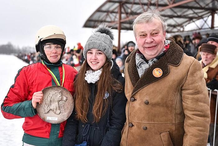 Reata Pažusienė Sartuose laimėjo tarp širvintiškių tauriausią prizą.