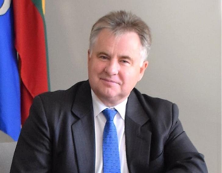 Širvintų rajono savivaldybės tarybos narys, Kultūros, švietimo, jaunimo ir sporto komiteto pirmininkas Romas Zibalas.