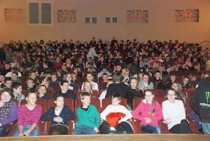 I. Petuškienė viliasi, kad tie vaikai, kurie dabar ateina į vaikiškus spektaklius, po kurio laiko ateis ir į klasikinės muzikos koncertus, kitus profesionaliojo meno renginius.