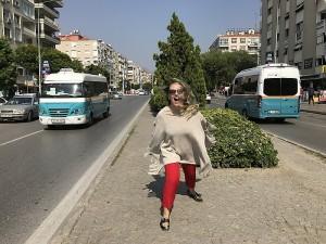 Eismas Turkijoje yra chaotiškas. Jei taip pat visi eismo dalyviai elgtųsi Lietuvoje - pusei būtų atimtos vairavimo licencijos.