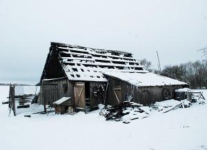 Po penkių valandų užsidegė Valentinos Šlujinskajos ūkinis pastatas