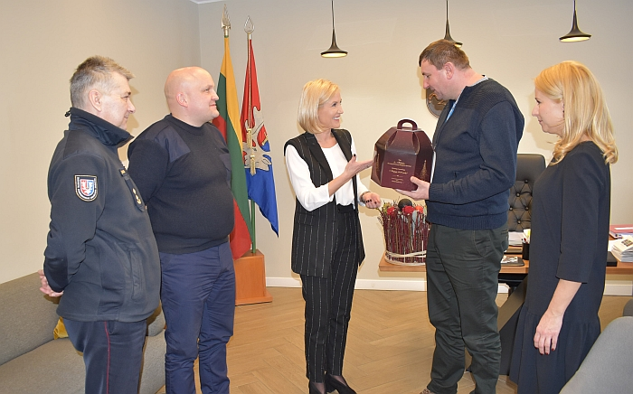 Savivaldybėje apsilankė ugniagesių atstovas iš Lenkijos.