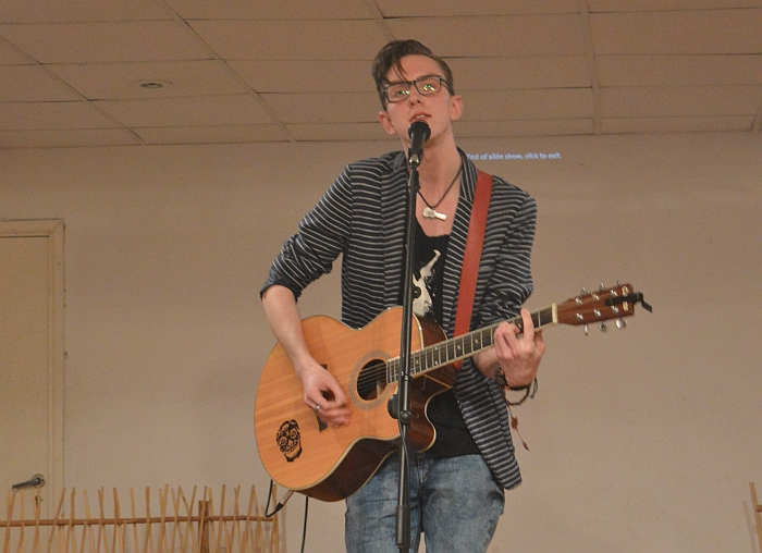 Jaunasis dainų kūrėjas ir atlikėjas, S. Mykolaičio premijos laureatas Kristijonas Ribaitis