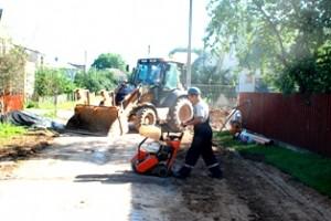 UAB KRS Šermukšnių gatvėje šį pirmadienį ir antradienį dirbo visu tempu.