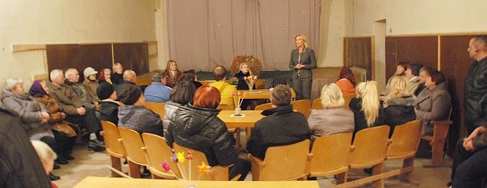 Merė Živilė Pinskuvienė atsako į Šiaulių kaimo gyventojų klausimus.